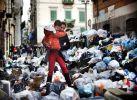 ulice Neapolu podczas strajku śmieciarzy