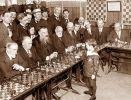 8 letni Samuel Reshevsky gra z szachowymi mistrzami w 1920 roku